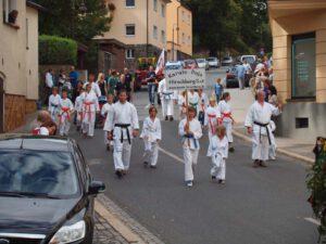 Read more about the article Wiesenfestumzug am 26.08.2012 zum 160. Wiesenfest in Hirschberg/Saale